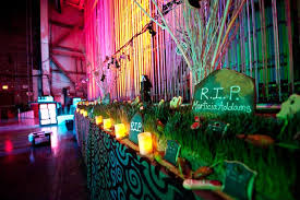 Halloween Entertainment - 30 halloween party ideas decor entertainment food and more