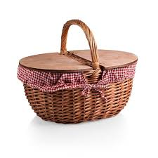 vintage picnic basket best 25 picnic baskets ideas on pinic basket picnic