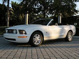 white 2009 mustang 2009 ford mustang v6 convertible for sale in fort myers fl