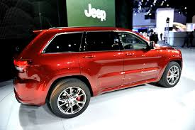 jeep laredo 2011 nyias 2011 jeep grand cherokee srt8 live photos autoevolution
