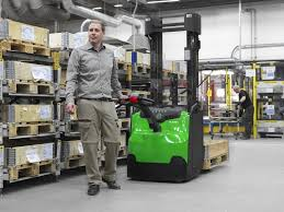 how to get your forklift license the definitive guide hitec