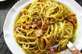comment cuisiner des nouilles nouilles au bacon et curry recette chinoise