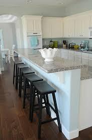 cuisine en bois moderne cuisine moderne avec bar en l meuble bois ilot kuestermgmt co