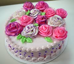 learn to decorate cakes at home learn cake decorating at home 6 basic piping techniques cake