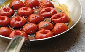 cuisiner aubergine a la poele recette de tomates à la poêle par alain ducasse