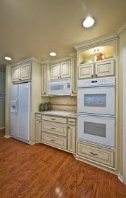 what is a good paint colour for cream cabinets that doesn u0027t look white