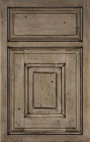 Distressed Painted Kitchen Cabinets Best 25 Distressed Kitchen Ideas On Pinterest Mediterranean