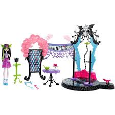 monster dance fright draculaura doll u0026 playset