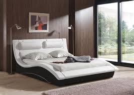 chambre avec lit noir chambre avec lit noir gallery of chambre a coucher avec lit rond