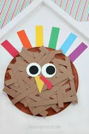 paper plate turkey housing a forest