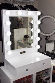 Makeup Vanity Table With Lighted Mirror Pro Hollywood Lighted Make Up Vanity Led Mirror Kit Vanity