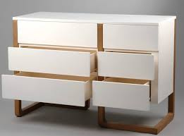 grande commode chambre adoptez le style des meubles scandinaves en bois laqué blanc
