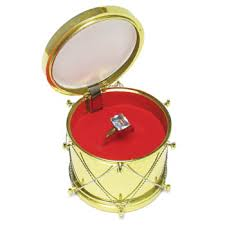 ring box gold drum