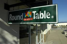 round table pizza pacific grove round table pizza acquired by global franchise group