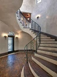 the house kim and kourtney kardashian leased in miami has hit the