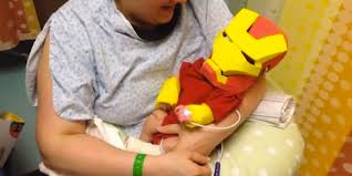 ironman halloween costume dad makes iron man costume for his preemie son in the hospital u0027to