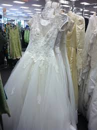 wedding dress stores near me thrift shop wedding dresses atdisability