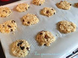 cuisiner flocon d avoine cookies aux flocons d avoine et bananes les gourmandises de némo