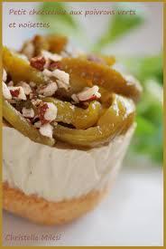 cuisiner poivrons verts recette de petit cheesecake aux poivrons verts et noisettes la