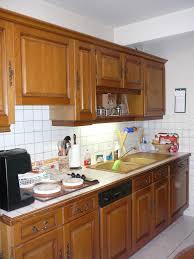 repeindre cuisine chene relooker une cuisine en chene affordable cuisine a