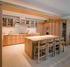 ilot cuisine bois massif brillant fabriquer un ilot de cuisine en