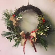 40 awesome ideas for diy christmas wreaths for kids and moms