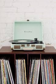 Vinyl Record Bookcase Best 25 Crosley Record Player Ideas On Pinterest Vintage Vinyl