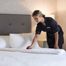 the trick hotels use to smooth out wrinkled bed sheets good