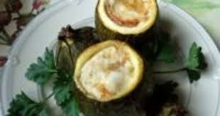 cuisiner courgette ronde courgettes rondes farcies à la mozzarella recette par certi ferme
