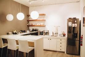 8 mirror types for a fantastic kitchen backsplash h1 holdings your internship explorer