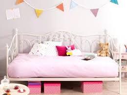 theme chambre bébé fille deco chambre bebe fille idee deco chambre de bebe dco papier peint