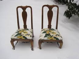 Recovering Dining Room Chairs Choosing Dining Room Chair Upholstery Fabric Tips All About Home