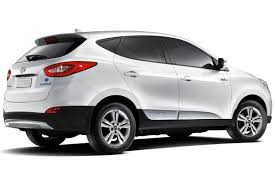 hyundai tucson 2014 white first 2015 hyundai tucson fuel cell delivered to u s customer