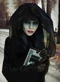 Spooky Halloween Costumes Girls 347 Halloween Images Halloween Stuff