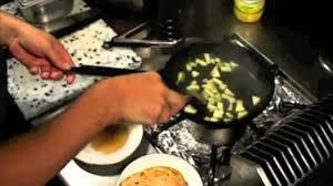 que veut dire reserver en cuisine déglacer les gestes de cuisine