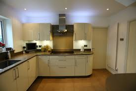designer kitchen splashbacks splashback ideas cream kitchen designyou