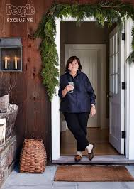 ina garten shares her entertaining tips and devil u0027s food cake