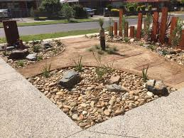 garden small low maintenance landscaping for front yard ideas