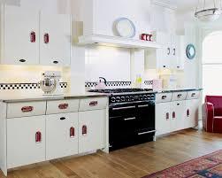 retro kitchen design ideas 27 retro kitchen designs that are back to the future page 2 of 5