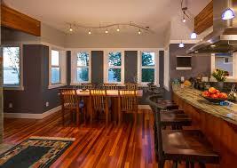 cuisine avec bar comptoir bar de cuisine de salle à manger et de cuisine avec les planchers et