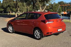 toyota corolla ascent sport price toyota corolla ascent hatch 2017 review snapshot carsguide