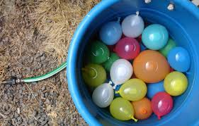 water balloons water balloon toss national geographic kids