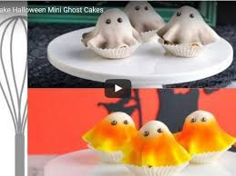 cakes for halloween mini ghost cakes for halloween cakecentral com