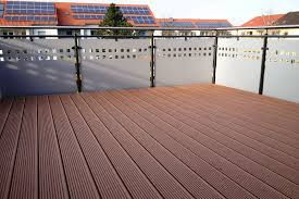 holzbelag balkon balkon dielen holz streichen inspiration über zuhause design