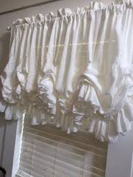 How To Say Curtains In French Best 25 Balloon Curtains Ideas On Pinterest Victorian Blinds