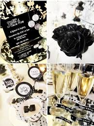 Silver New Years Eve Decorations by 185 Best New Years Tablescapes Images On Pinterest Tablescapes