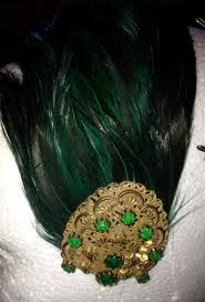 one side feather earring retro rack comic con two black green