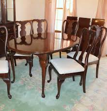Kincaid Dining Room Furniture Kincaid Queen Anne Style Dining Table And Six Chairs Ebth