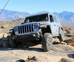 jeep jk rock crawler we finally drive the all new 2018 jeep wrangler