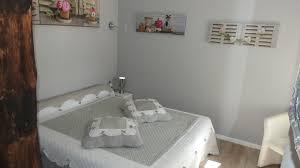 chambre d hote neuville de poitou les chambres d hôtes a la gloriette
